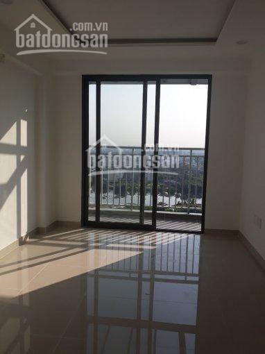 Chủ cho thuê căn hộ Osimi Tower rộng 68m2, đồ cơ bản, tầng cao, giá 8 triệu/tháng, 68m2, 2 phòng ngủ, 2 toilet