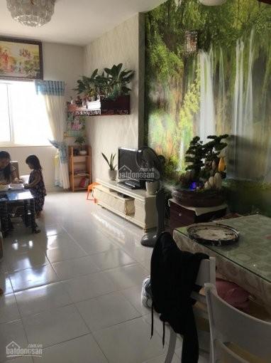 HQC Hóc Môn cho thuê căn hộ 69m2, 2 PN, đủ đồ, giá 4.5 triệu/tháng, khu an ninh, 69m2, 2 phòng ngủ, 2 toilet