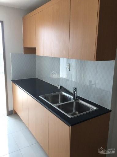 Chủ cho thuê căn hộ rộng 65m2, 2 PN, giá 6 triệu/tháng. CC Sky 9, 64m2, 2 phòng ngủ, 2 toilet