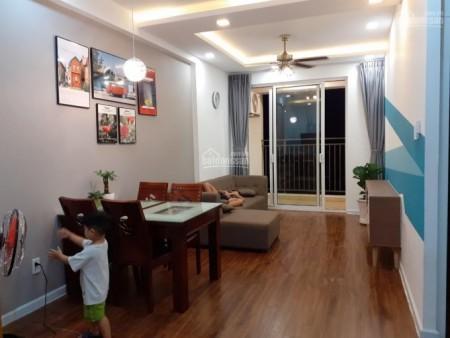 Mình cần cho thuê căn hộ tầng cao cc Richstar rộng 64m2, 2 PN, giá 8 triệu/tháng, 64m2, 2 phòng ngủ, 2 toilet