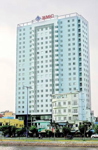 Cần cho thuê gấp căn hộ BMC Quận 1, Dt : 86 m2, 3PN, Giá : 15 tr/th, 86m2, 3 phòng ngủ, 2 toilet