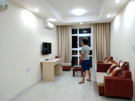 Cho thuê căn hộ 2 phòng ngủ, nội thất cb, Cộng Hòa Plaza LH: 0909.053.301 Ms. Kim, 70m2, 2 phòng ngủ, 2 toilet