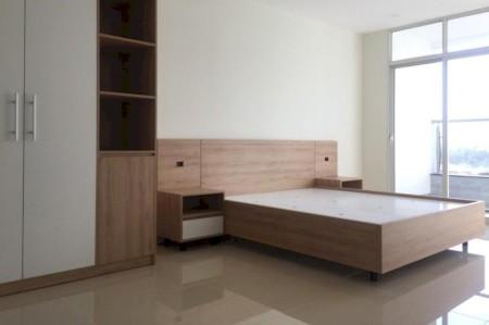 Cho thuê căn hộ 3PN, nhà có nội thất tại chung cư PetroLandmark, Mai Chí Thọ. Giá 15 triệu/tháng. Lh 0918860304, 150m2, 3 phòng ngủ, 2 toilet