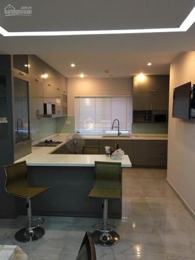 Twin Phú Mỹ Hưng cần cho thuê căn hộ rộng 200m2, 2 PN, có sẵn đồ dùng, giá 22.7 triệu/tháng, 200m2, 2 phòng ngủ, 2 toilet