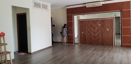 Cho thuê Căn hộ 06 tầng 9 CT1 Vimeco Nguyễn Chánh: 136m2, 3PN, đủ đồ, 12 tr – 0902272077, 136m2, 3 phòng ngủ, 2 toilet