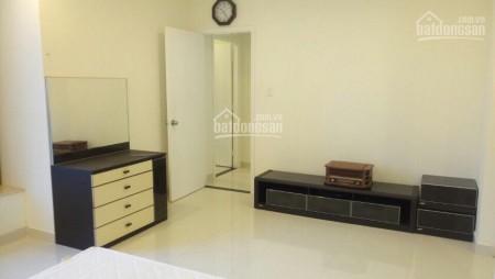 Trống căn hộ tầng cao 3 PN, có nội thất sẵn, cần cho thuê giá 7 triệu/tháng, dtsd 150m2, 150m2, 3 phòng ngủ, 2 toilet