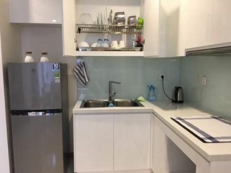 Cho thuê căn hộ Vinhomes Central Park 2PN, tầng thấp, đầy đủ nội thất, giá tốt, 78m2, 2 phòng ngủ, 2 toilet