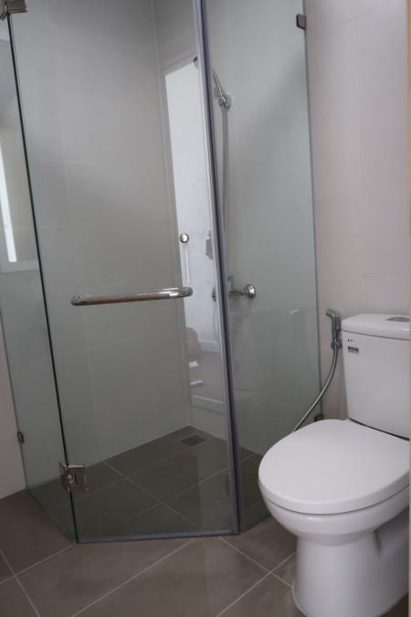Chủ nhà cần cho thuê căn 2PN/2WC full nội thất 8tr/tháng bao phí 1 năm - view hồ bơi tháp C LH 0902808669, 70m2, 2 phòng ngủ, 2 toilet