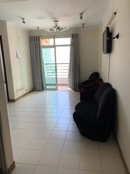 Cần cho thuê căn hộ Chung cư Phúc Thịnh, Đường Cao Đạt, Quận 5. DT: 72m2, 2PN, 1WC, 72m2, 2 phòng ngủ, 1 toilet
