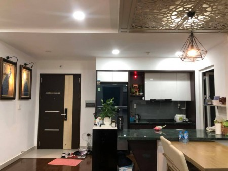 Cần cho thuê căn hộ cao cấp Hùng Vương Plaza, Quận 5. DT: 130m2,3PN,3WC, 130m2, 3 phòng ngủ, 3 toilet
