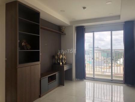 Mình có căn hộ 3 phòng ngủ tổng diện ích đến 98m2 tại chung cư Khuông việt. Giá cho thuê 10 triệu/tháng, 98m2, 3 phòng ngủ, 2 toilet