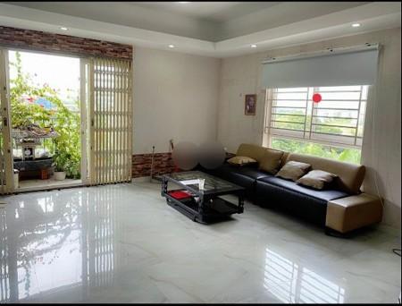 Căn hộ Homyland 2. - 307 Nguyễn Duy Trinh Căn góc 82m2, lầu 4 giá 10 triệu/tháng. 2pn 2wc . có đủ nội thất như hình, 82m2, 2 phòng ngủ, 2 toilet