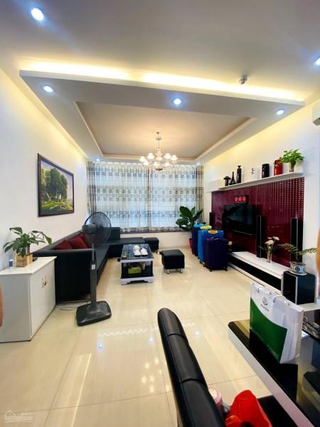 Cho thuê căn hộ 3 phòng ngủ, 128m2 tại chung cư La Casa P. Phú Thuận, Quận 7. Giá 17 triệu/tháng, 128m2, 3 phòng ngủ, 2 toilet