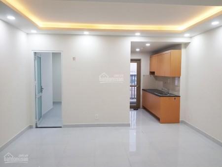 Có căn hộ 62.65m2 đang trống cần cho thuê giá 6.5 triệu/tháng, 2 PN, có sẵn đồ dùng, cc Sky 9, 6.265m2, 2 phòng ngủ, 2 toilet