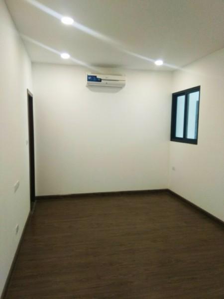 Cho thuê căn hộ Smile Định Công, 83m2, 2 phòng ngủ,