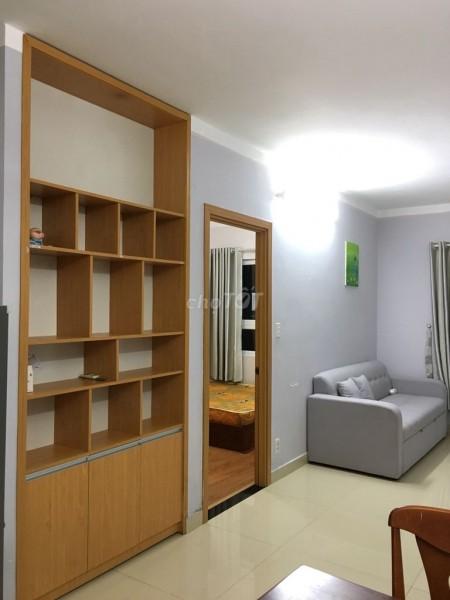 Cho thuê căn hộ chung cư cao cấp ngay mặt tiền đường Nguyễn Xí Bình Thạnh. 73m2, 2PN, 2WC, 73m2, 2 phòng ngủ, 2 toilet