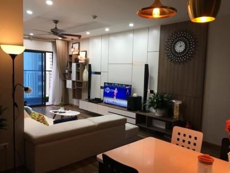 Chính chủ cho thuê căn hộ tại Goldmark City,tòa R4, 160m2, 4 phòng ngủ, 160m2, 4 phòng ngủ, 2 toilet