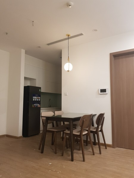 Cho thuê Vinhomes Skylake: căn hộ tầng 22 tòa S3, 2 ngủ sáng, 2 ban công, đầy đủ đồ[có suất oto], 75m2, 2 phòng ngủ, 2 toilet