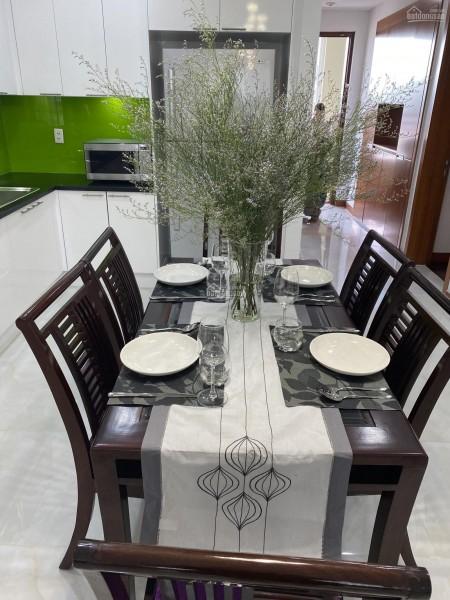 Cần cho thuê căn hộ rộng 157m2, 3 PN, có nội thất, giá 22 triệu/tháng, cc The Manor Bình Thạnh, 157m2, 3 phòng ngủ, 2 toilet