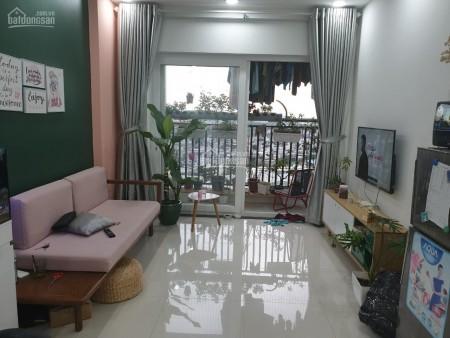 Mình cần cho thuê căn 71m2, tầng cao, có ban công, 2 PN, giá 6 triệu/tháng, cc Him Lam Phú An, 71m2, 2 phòng ngủ, 2 toilet