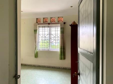 Cho thuê căn góc chung cư Đào Duy Từ quận 10 diện tích 100m2, 100m2, 2 phòng ngủ, 2 toilet