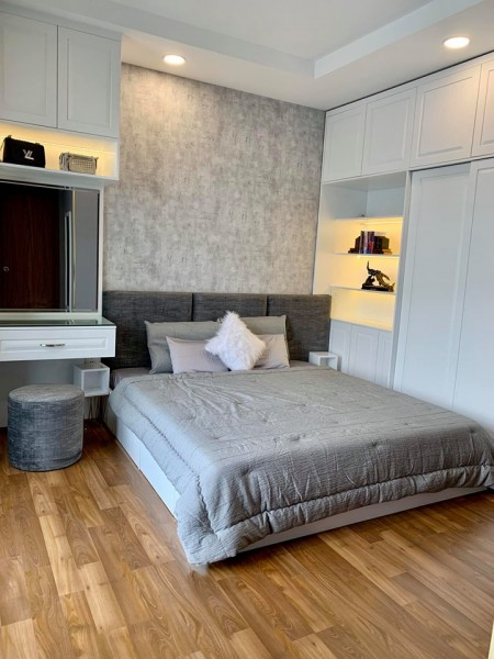 Cần cho thuê căn hộ Pega Suite Q8, dt 75m2,2pn,2wc nhà đầy đủ nội thất giá thuê 13tr/th, 69m2, 2 phòng ngủ, 2 toilet