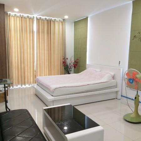 Cần cho thuê căn hộ Central Premium , 854 Tạ Quang Bửu Phường 5 Quận 8 . Diện tích 32m2, giá thuê 8tr/th, 32m2, 1 phòng ngủ, 1 toilet