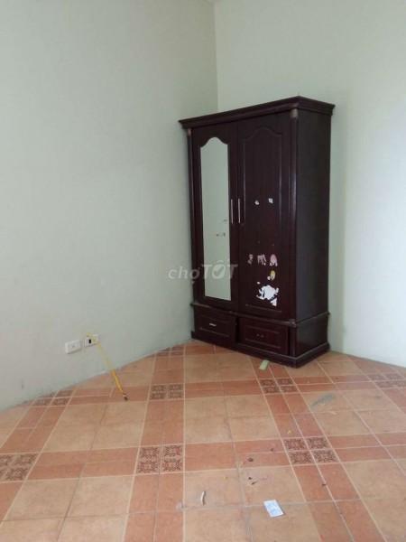 Cho thuê nhanh căn hộ trong tòa nhà 282 Lĩnh Nam, 93m2, 6 triệu/tháng, 93m2, 3 phòng ngủ, 2 toilet