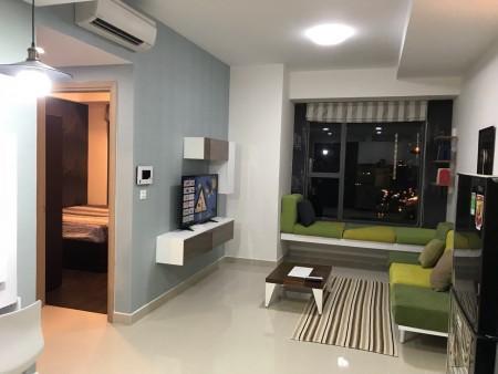 Cần cho thuê lại căn hộ River Gate nằm trên đường Bến Vân Đồn Q4, diện tích nhà 78m2, 2PN, 2WC nhà đầy đủ nội thất cao c, 80m2, 2 phòng ngủ, 2 toilet