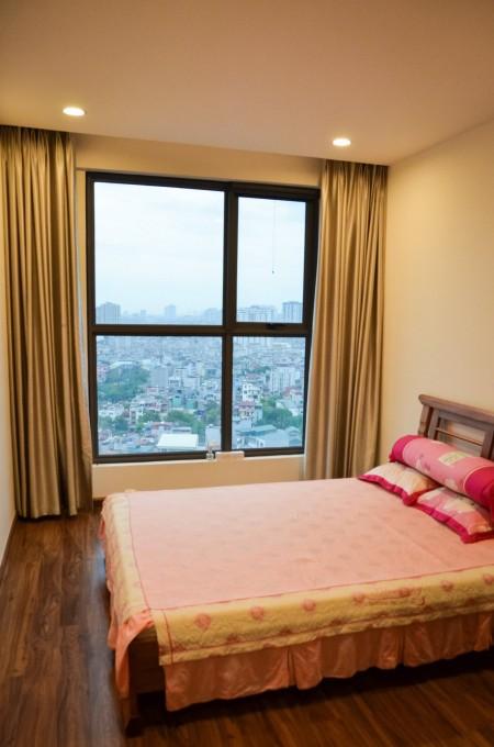 Chính chủ cho thuê căn hộ 135m2 4PN, tầng cao, view thoáng Vinhomes Westpoint làm văn phòng, 135m2, ,