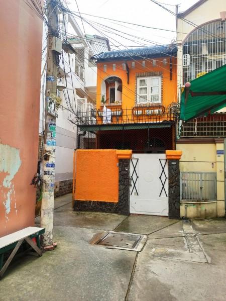 Cho thuê nhà nguyên căn đường Bùi Thị Xuân, Phường 1, Tân Bình. 1 trệt 1 lầu 2PN, 14 triệu, 90m2, 2 phòng ngủ, 2 toilet