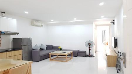 Cho thuê căn hộ dịch vụ tại Nhật Chiêu, Tây Hồ, 80m2, 1PN, ban công, đầy đủ nội thất hiện đại, 80m2, 1 phòng ngủ, 1 toilet