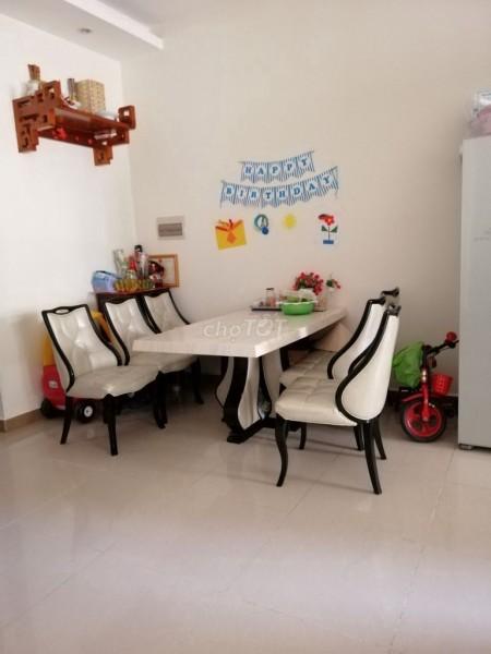 Cho thuê CHCC Era Town thiết kế 2 phòng ngủ 3 toilet, phòng bếp, phòng khách view sông, logia, 85m2, 2 phòng ngủ, 3 toilet