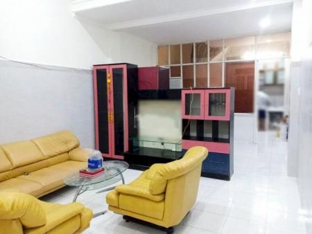 Cho thuê nhà nguyên căn đường Trần Thánh Tông, Phường 15, Tân Bình. 1 trệt 1 lầu 2PN. 8 tr, 100m2, 2 phòng ngủ, 2 toilet