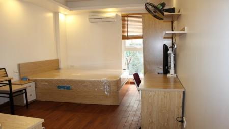 [ID: 10] Cho thuê căn hộ dịch vụ giá rẻ tại Hàm Long, Hoàn Kiếm, 30m2, studio, đầy đủ nội thất, 30m2, 1 phòng ngủ, 1 toilet