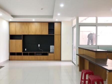 Cho thuê căn hộ 2PN-83m2 Chung cư Hà Đô nhà mới - sàn gỗ giá chỉ 11tr/th full nội thất.LH ngay để xem 0932 192 028-Mai, 83m2, 2 phòng ngủ, 2 toilet