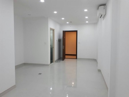 Căn hộ officetel Kingston Phú Nhuận nội thất cơ bản, nhà mới, Giá chỉ #8 Triệu, 30m2, 1 phòng ngủ, 1 toilet
