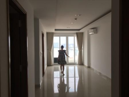 Căn hộ 2PN-2Wc-80m2 chung cư Sky Center đường Phổ Quang giá chỉ 12tr/th. LH xem ngay 0932192028-Ms.Mai, 80m2, 2 phòng ngủ, 2 toilet