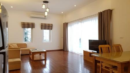 Cho thuê căn hộ tại Từ Hoa, Tây Hồ, 150m2, 2PN, đầy đủ nội thất hiện đại, ban công thoáng, 150m2, 2 phòng ngủ, 2 toilet