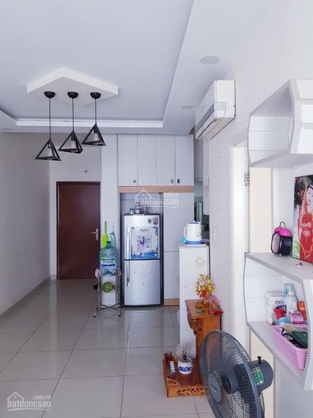 Trống căn hộ 82m2, 2 PN, tầng cao, có nội thất, giá 10 triệu/tháng, cc Centum Wealth, 82m2, 2 phòng ngủ, 2 toilet