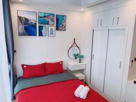 Gía rẻ vào ở ngay.Cho thuê căn hộ 1PN - 32m2 nội thất cao cấp giá 5,5tr/th Vinhomes Green Bay., 32m2, ,