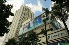 Cần cho thuê gấp Căn Hộ Hùng Vương Plaza, Quận 5 . Diện tích: 132 m2, 3 pn , nội thất cơ bản, 132m2, 3 phòng ngủ, 3 toilet