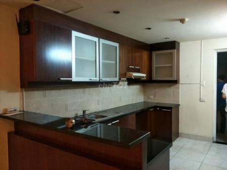 Cho thuê nhanh căn hộ chung cư Hùng Vương Plaza, 132m2, 3PN, 3WC, 132m2, 3 phòng ngủ, 3 toilet