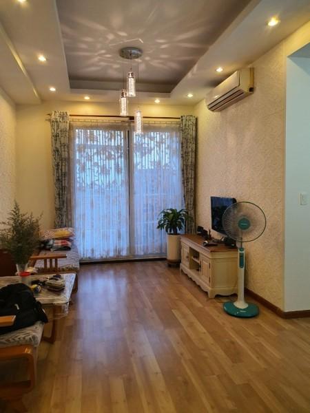 Cần cho thuê nhanh căn hộ chung cư trung tâm Quận 7, 2PN, 2WC view thoáng mát, 90m2, 2 phòng ngủ, 2 toilet
